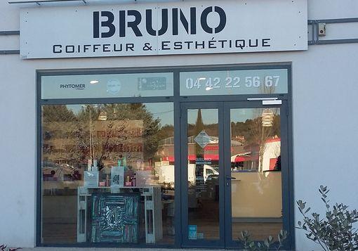 Photo du salon de coiffure Bruno à Venelles